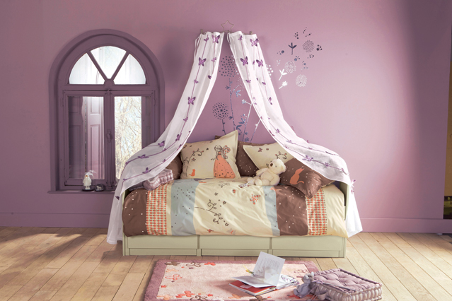 dormitorio-niña-lila